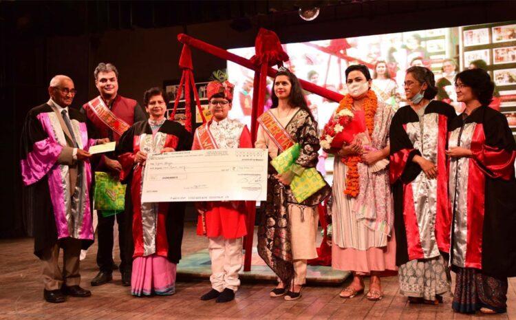 CMS छात्र व्योम आहूजा को महापौर संयुक्ता भाटिया ने किया सम्मानित