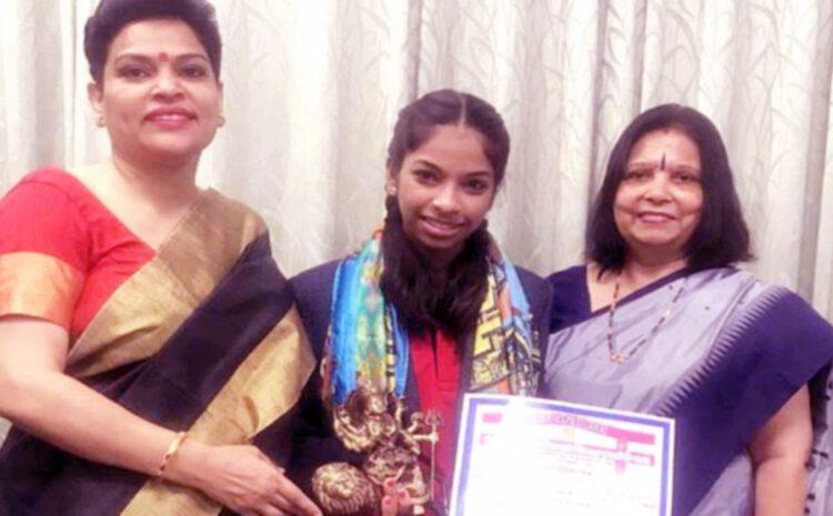 शास्त्रीय नृत्य की सर्वश्रेष्ठ प्रस्तुति हेतु CMS छात्रा को 11,000 रूपये का नगद पुरस्कार